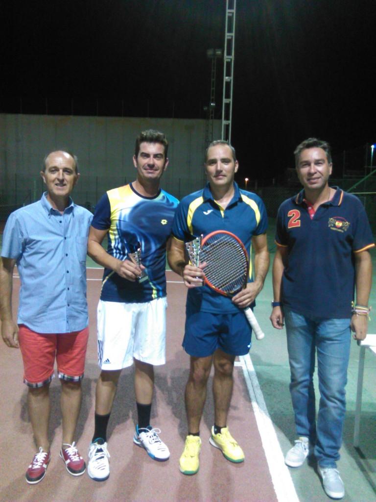 Camara y David Pablo.Trofeo